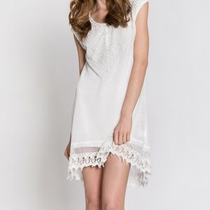 Monoreno White Cap Sleeve Lace See through Overlay